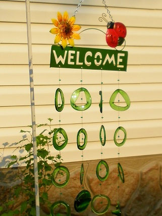 Sunflower & Ladybug Welcome with Green Rings Glass Wind Chimes