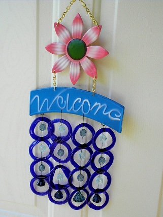 Welcome Pink Flowers with Blue Rings - Glass Wind Chimes