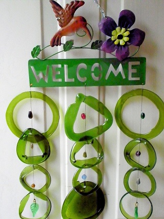Welcome Hummingbird with Green Rings - Glass Wind Chimes