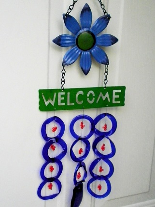 Welcome Blue Flower with Blue Rings & Red Beads - Glass Wind Chimes