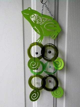 Green Frog with Green Mixed Rings - Glass Wind Chimes