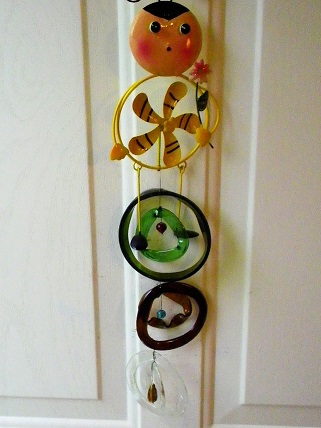 Spinning Bee - Glass Wind Chimes