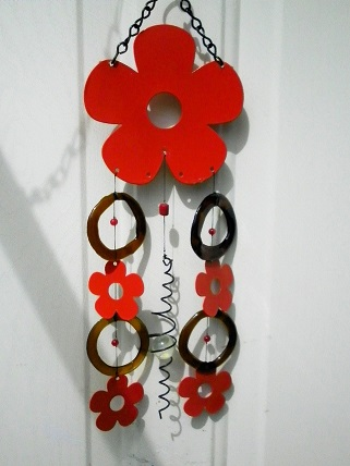 Red Flowers with Brown Rings - Glass Wind Chimes