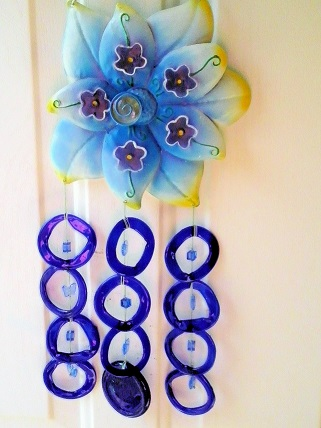Blue Dahalia with Blue Rings - Glass Wind Chimes