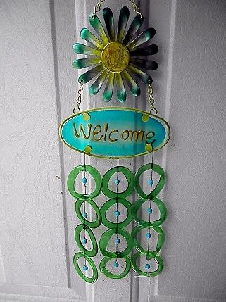 Welcome Green Flowers with Green Rings - Glass Wind Chimes