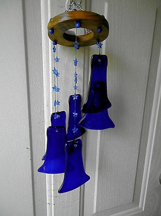 Spiral with Blue Necks & Blue Stars - Glass Wind Chimes