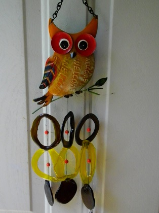 Wecome Owl with Multi Colored Rings - Glass Wind Chimes