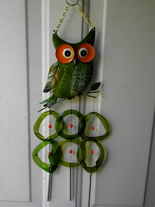 Welcome Owl with Green Rings - Glass Wind Chimes
